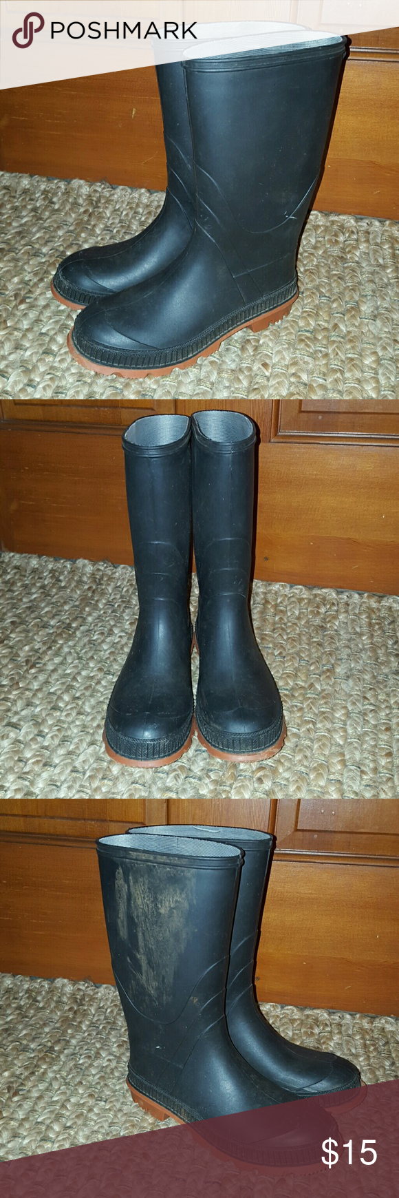 Boy's Muck Boots Worn by my son one season. Very durable boots! Made in USA Shoes Boots