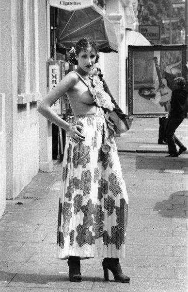 Come vestivamo negli Anni 70 nel 2020   Stile anni '70 ...