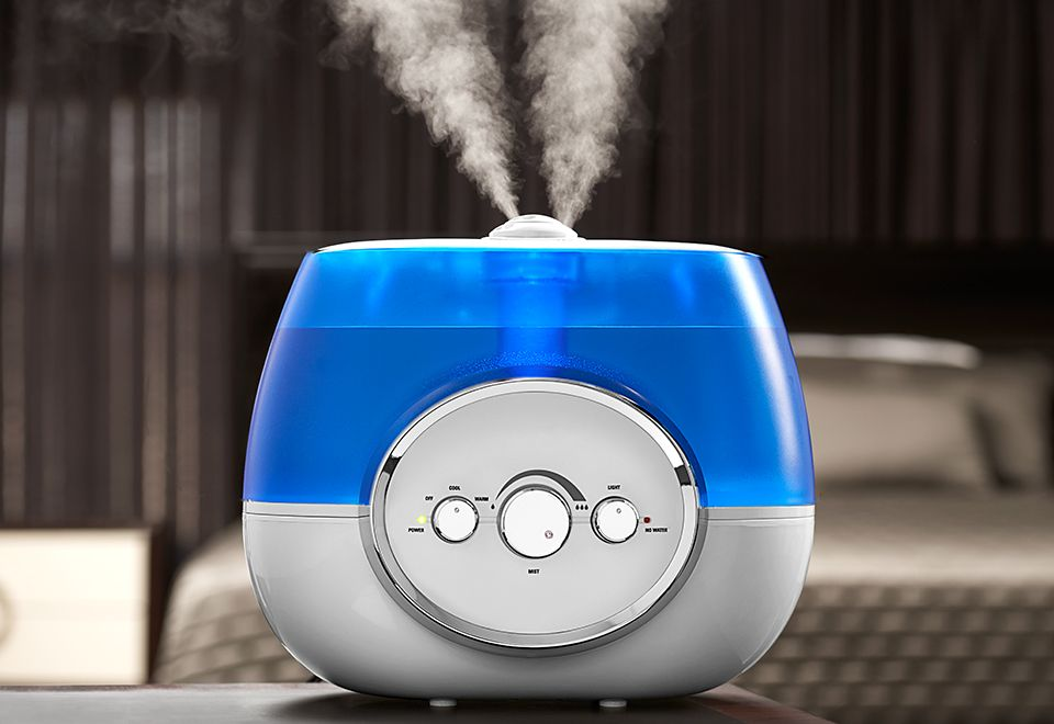 The Warm And Cool Mist Humidifier Runs Quietly For Up To 100 Hours Per Filling With Silver Clean Technology T Best Humidifier Cool Mist Humidifier Humidifier