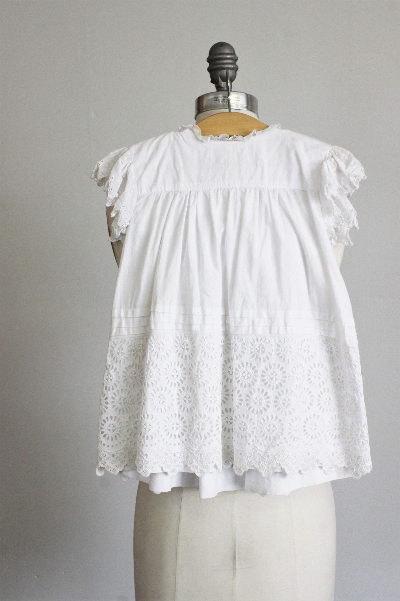 Vintage little girls white dress very