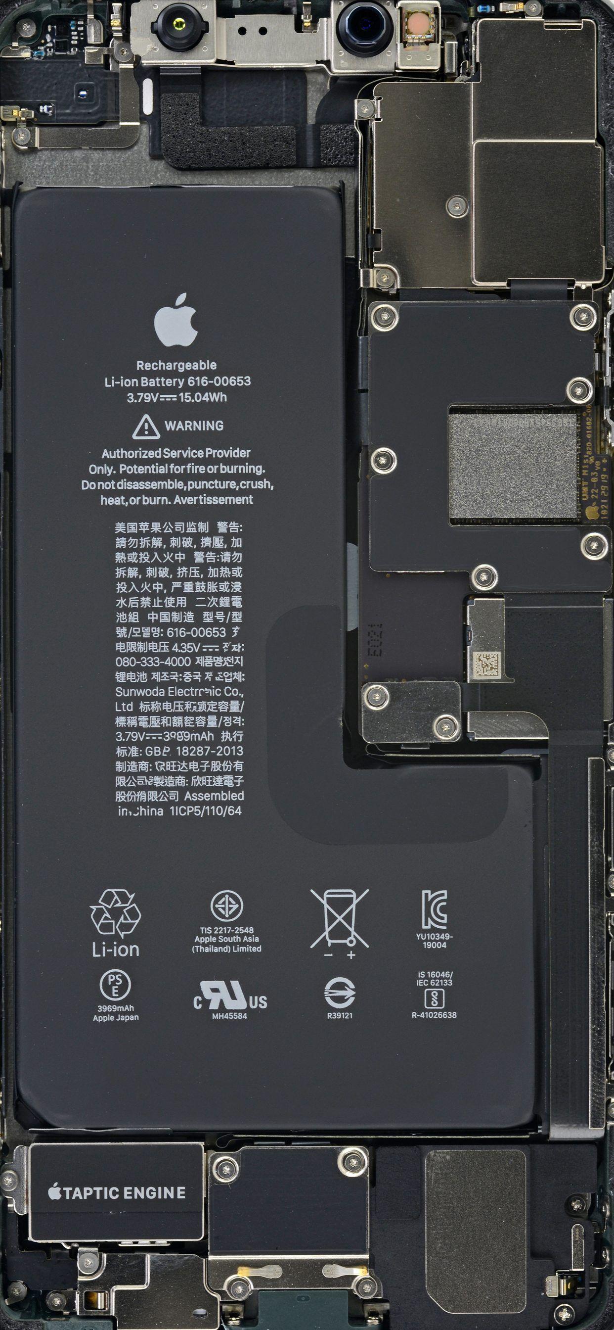 Iphone 11 Pro Max Clear Wallpaper Di 2020 Wallpaper Iphone Iphone Ponsel