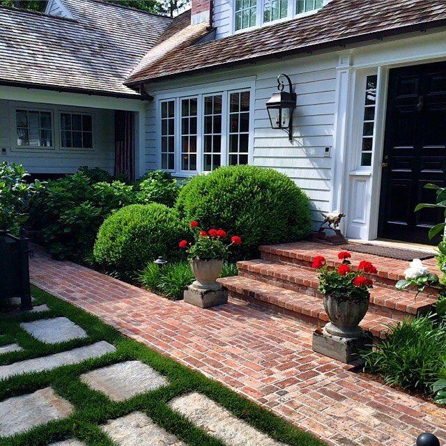 Garden Ideas New England east hampton .. a favorite house. simple new england style and