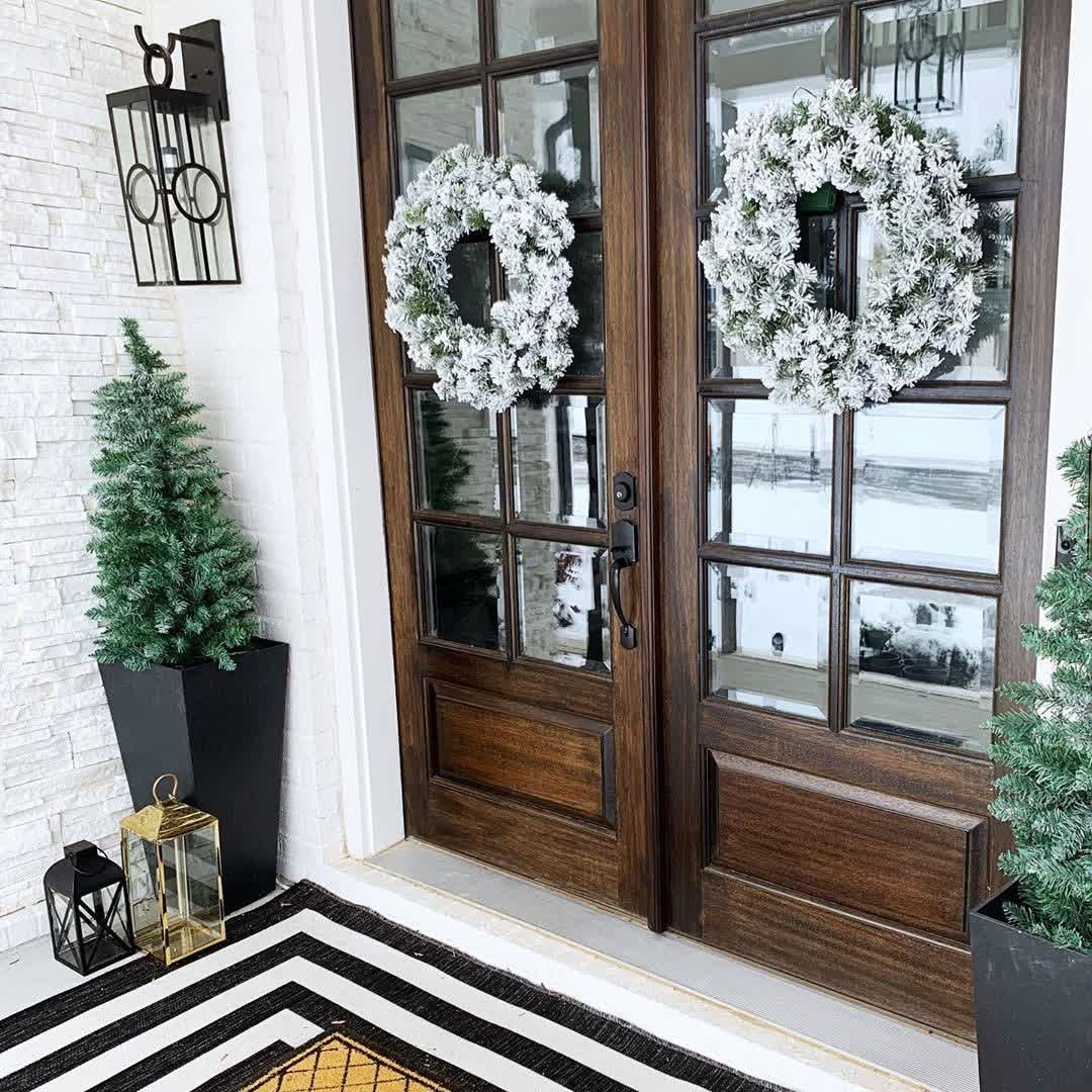 Get 10% off this already ON-SALE flocked, pre-lit LED wreath from King of Christmas. Use code THEFOODIESFITHOME at checkout for an additional discount! #christmaswreath #frontdoorwreath #prelitwreath #prelitchristmastree #prelittree #frontporchgoals #holiday #holidaysales #discounts #christmascoupon #christmastopiaries #christmasdecorations #christmassale #christmasgoals #affordablechristmastrees #holidayhomeinspo #holidaydeorinspo #holidaydecorgoals #kingofchristmas #holidaydecor #holidaytree