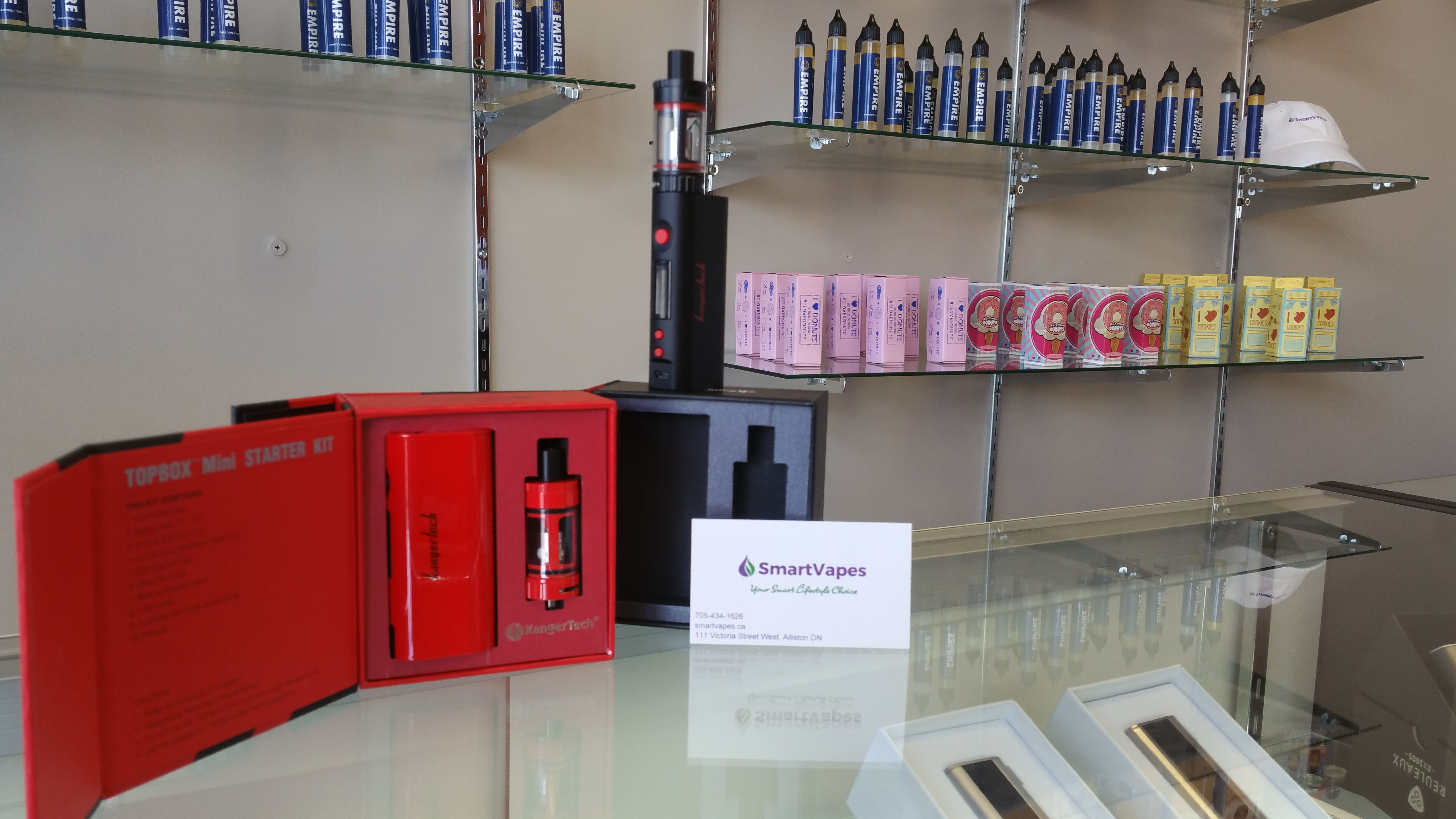 KangerTech Top Box Mini, available in white, black and red.... sweet