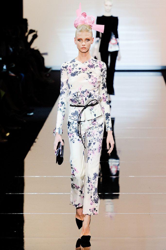 Armani Privé Fall 2011 Couture Fashion Show - Anna Selezneva (SILENT)