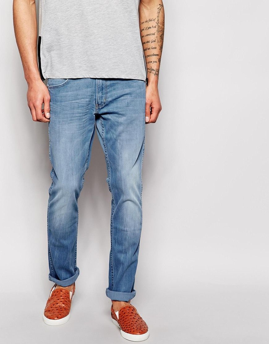 61631a38 Wrangler Jeans Bostin Slim Tapered Fit Blue Who Light Wash | Buy ...