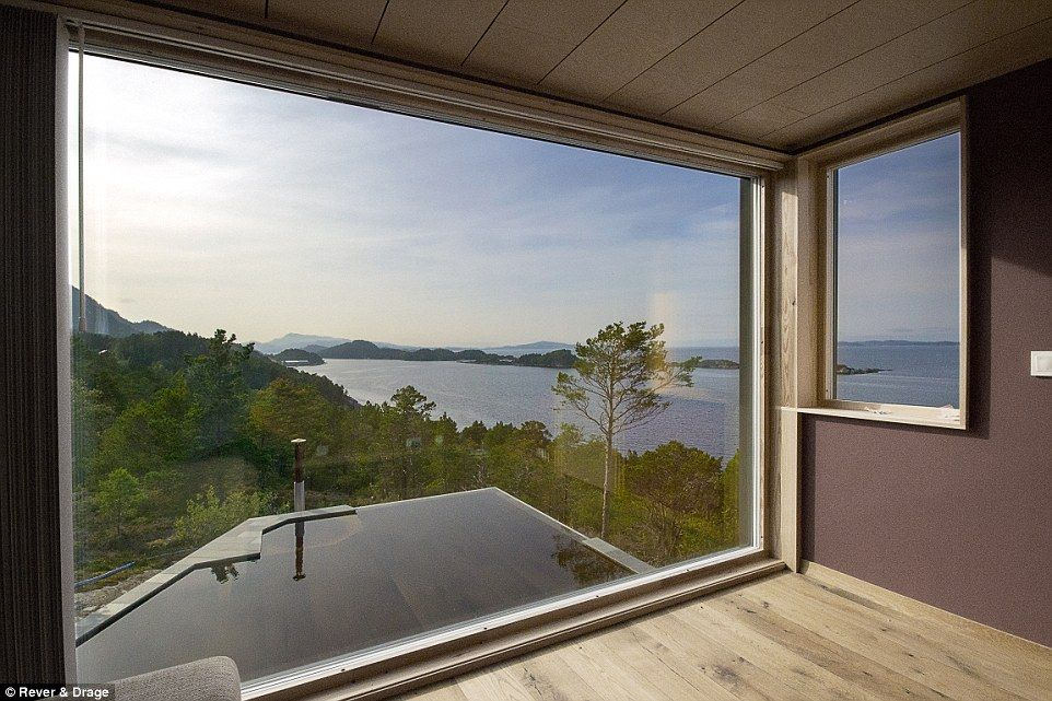 Rever Drages Holiday Cabin Looks Onto A Norwegian Fjord