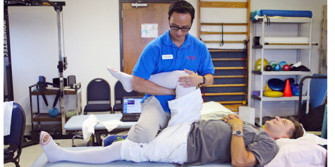 How Does Physical Therapy Differ From Occupational Therapy?