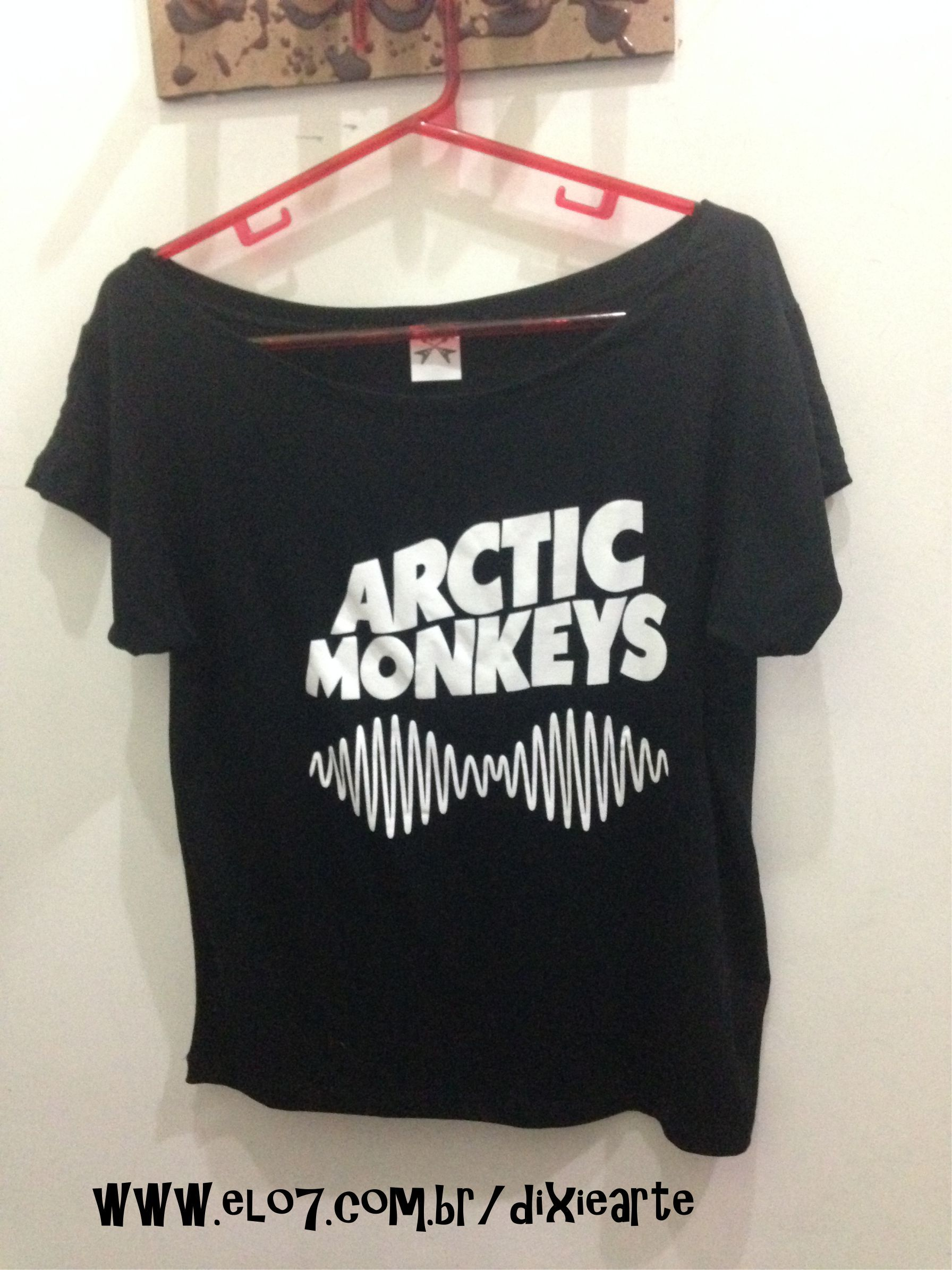 d5957f0964 Blusa Gola Canoa Arctic Monkey - www.elo7.com.br dixiearte