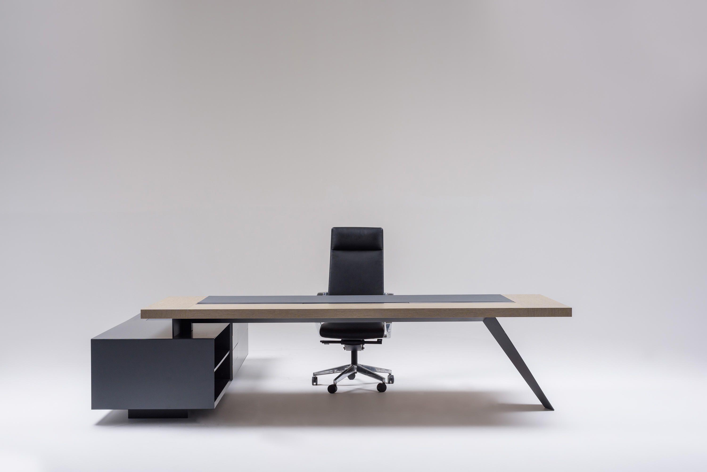 Arrow Designer Executive Desks From Ersa All Information High Resolution Images Cads Office Table Design Office Furniture Design Cheap Office Furniture