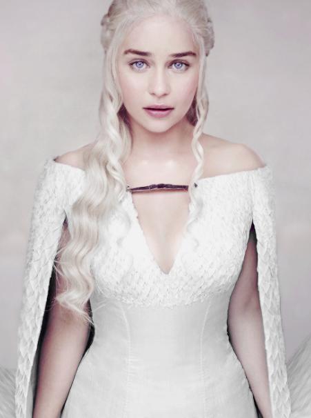13412966 623396984476470 875944514590024023 N Png 451 606 Emilia Clarke Game Of Thrones Costumes Daenerys Targaryen