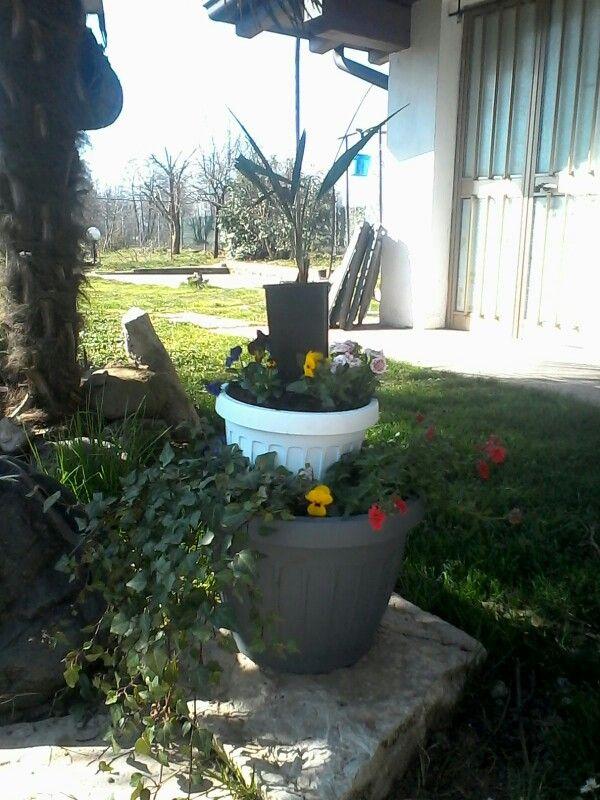Progetto realizzato con fiori di primavera