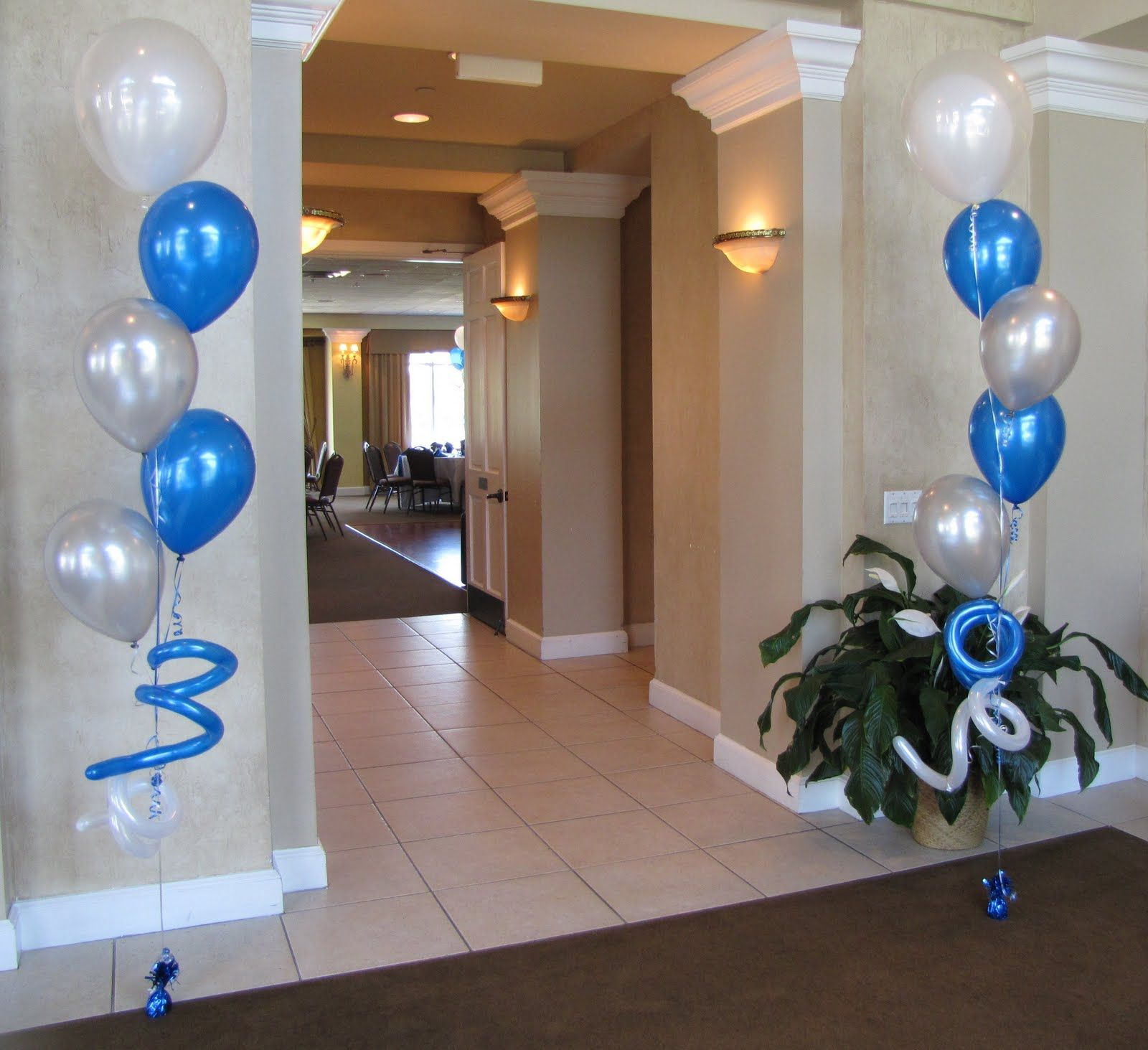 First communion party decorations first communion for Balloon decoration companies