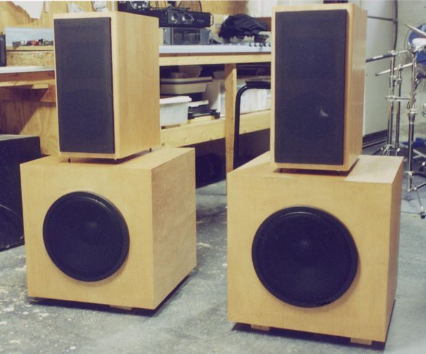 How to Build Custom Speakers | Speakers, Diy speakers and Loudspeaker