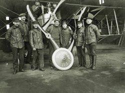 104 - German pilots in 1915 celebration