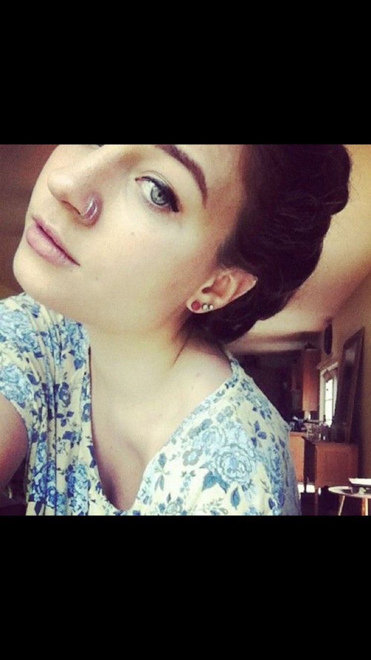 Double nose piercing both sides  Love the double nose piercing  Tattoos u Piercings  Pinterest