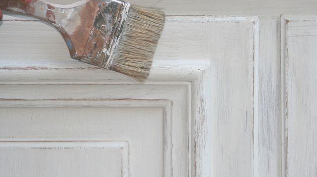 Patine  5 erreurs à éviter pour patiner un meuble Bricolage - Comment Decaper Un Meuble