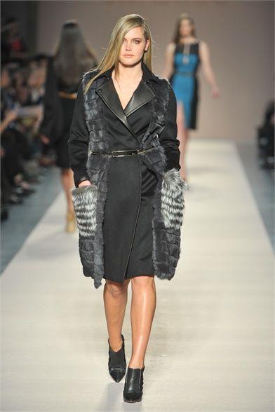 Sfilate Elena Mirò - Collezioni Autunno Inverno 2012-13 - Collezione - Vanity Fair