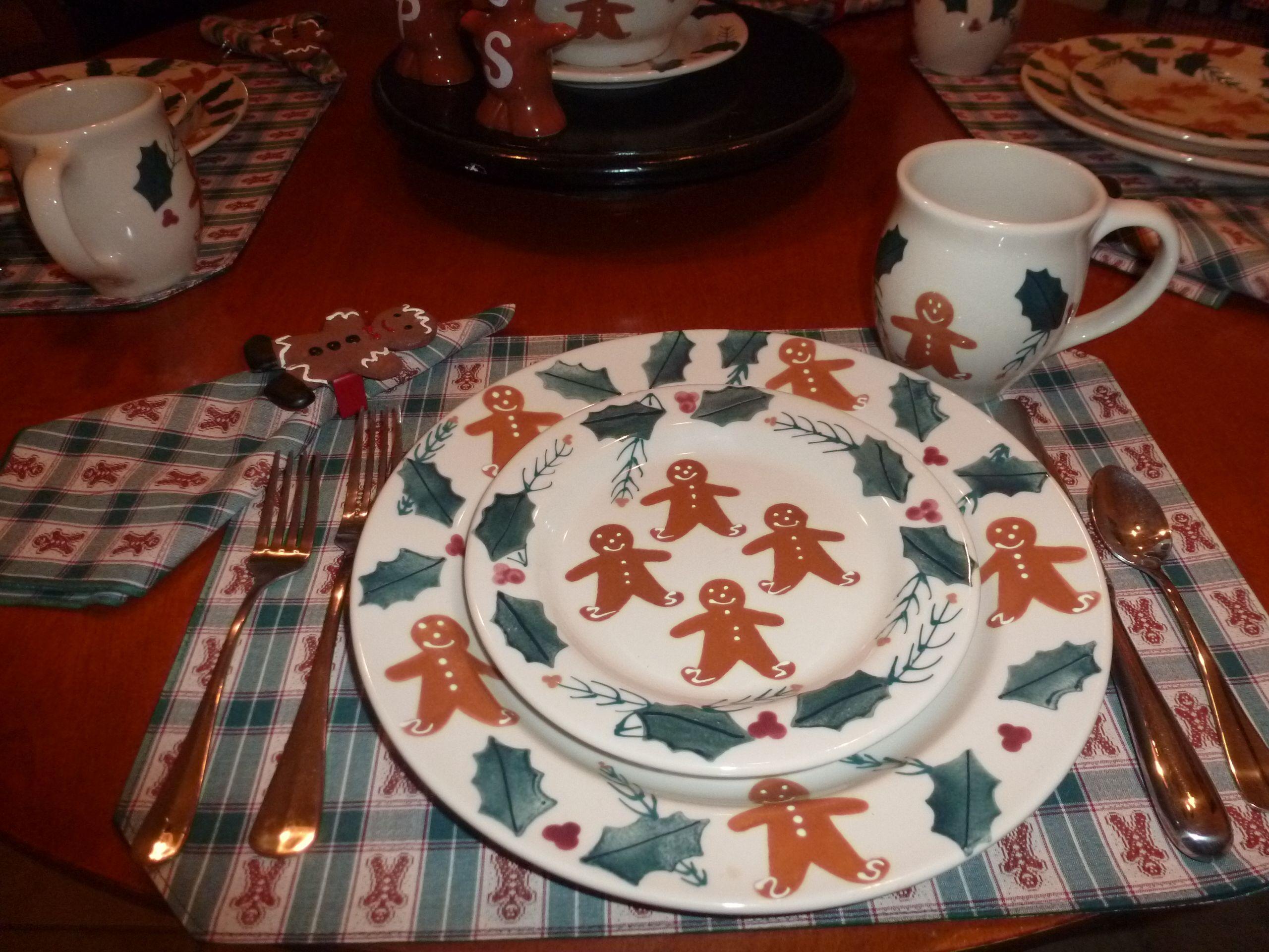 Gingerbread men by Hartstone & Gingerbread men by Hartstone   A-Christmas Gingerbread ideas ...