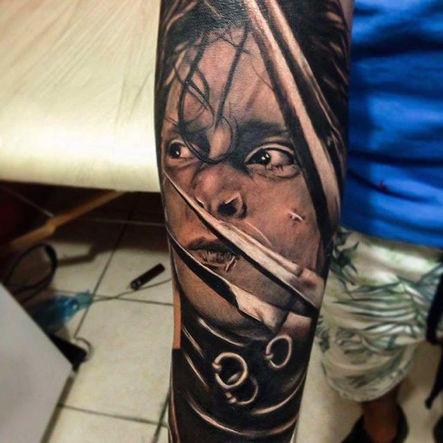 Edward Scissorhands 8hrs working #ink #tattoo #white #black #jonny ...