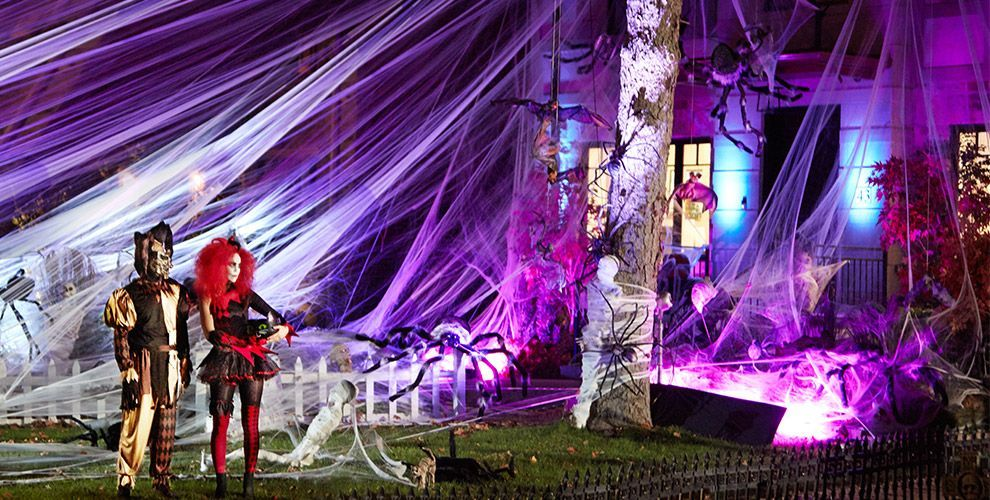 Giant Spiders & Spider Webs Halloween Decorations Spider
