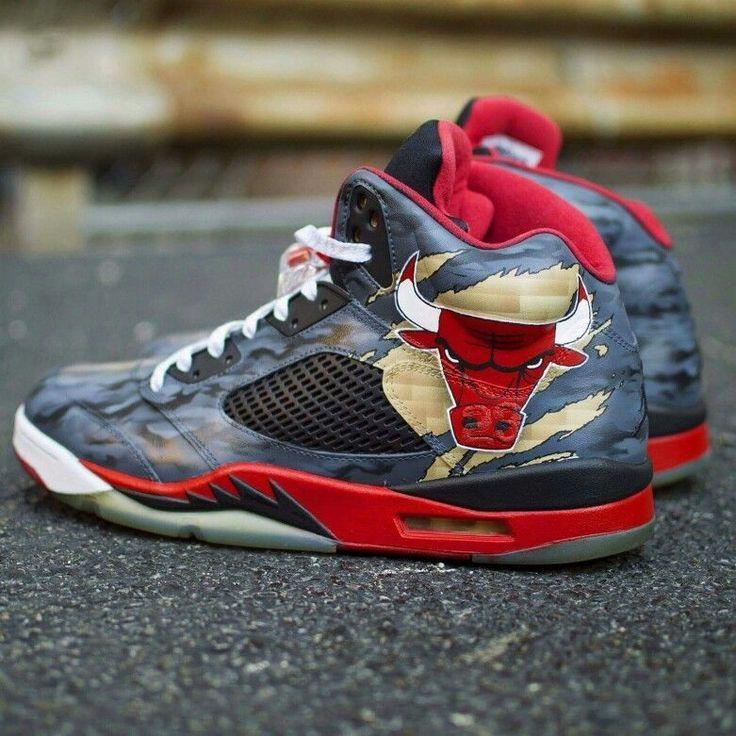 Jordan Chicago Bulls Celebrity Shoes Custom Nike Shoes Sneakers Men Fashion