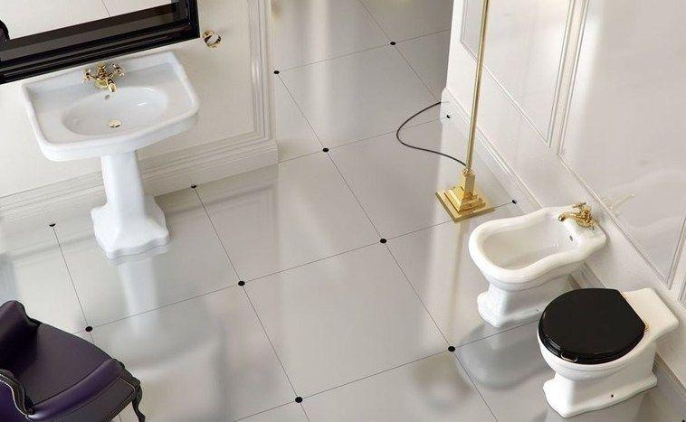 klassieke badkamer, wastafel en toilet | Ideas for the House | Pinterest