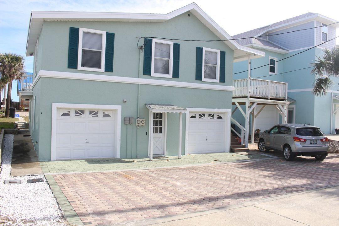 1305 S Atlantic Ave New Smyrna Beach Fl 32169 1 Bedroom House For Rent For 1 500 Month Zumper Beach Houses For Rent Renting A House New Smyrna Beach