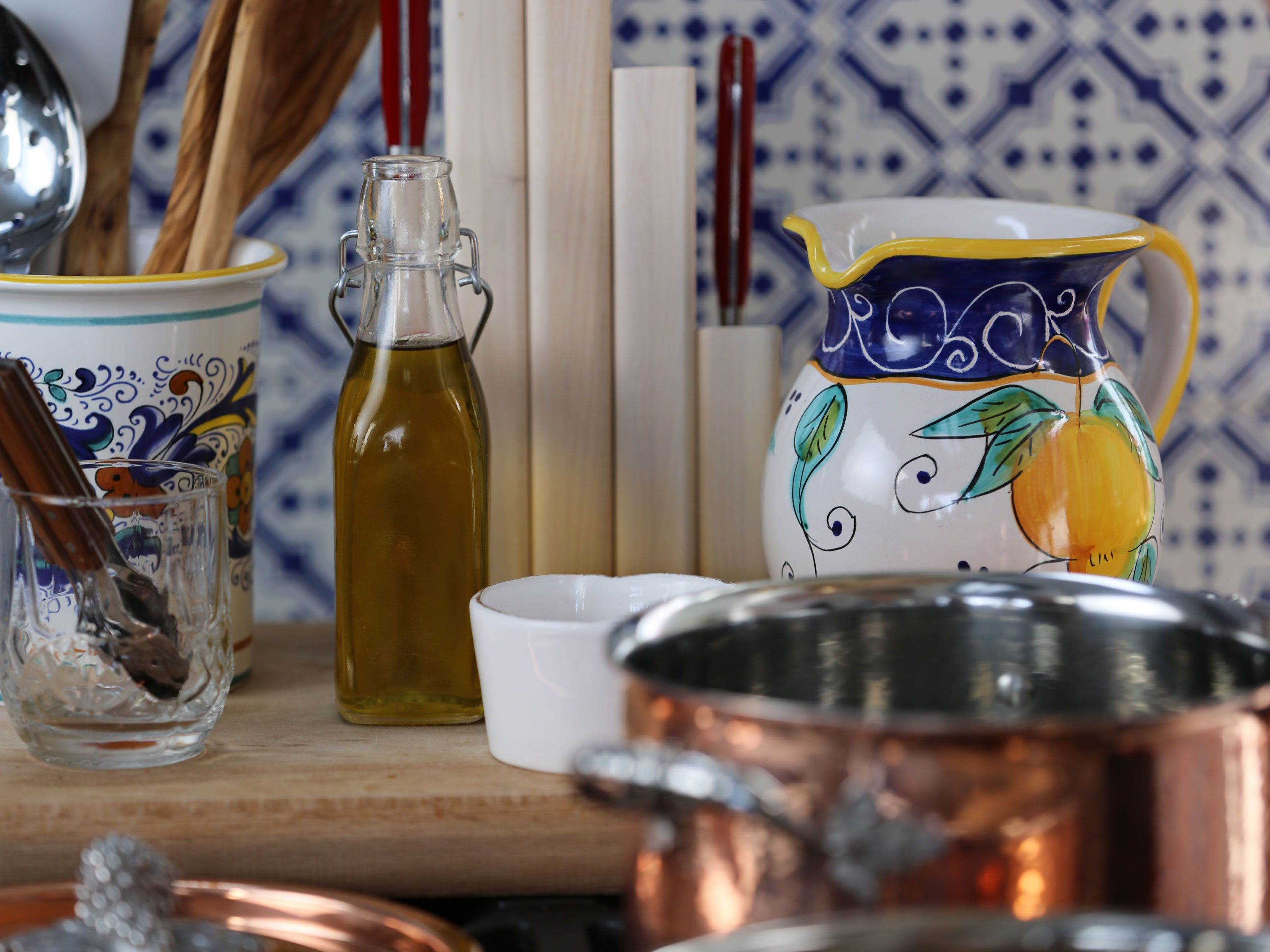 Giada In Italy Set List Tuscan Kitchen Italian Kitchen Design Giada In Italy Recipes