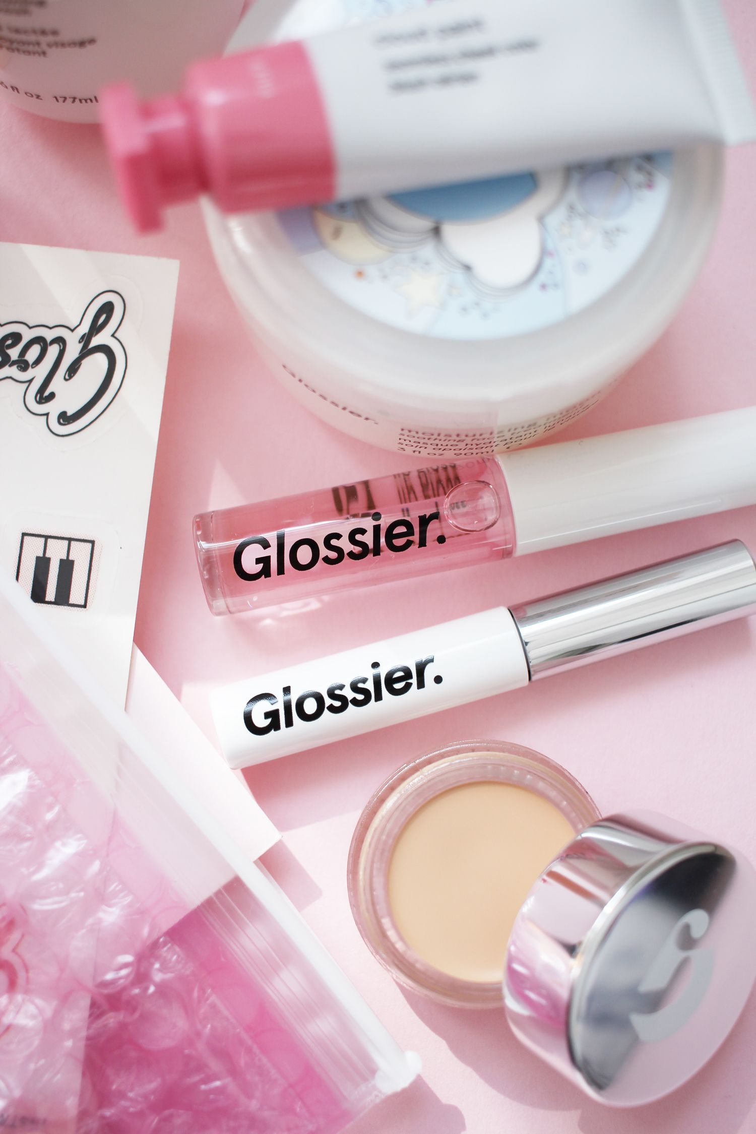 A Glossier haul ft Milk Jelly Cleanser, Stretch Concealer
