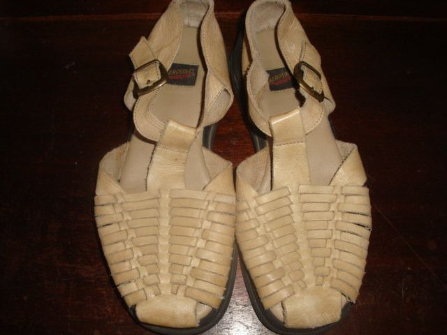 vintage Rustic tan buckle huarache woven leather side buckle t strap sandals hipster 8 m Indie