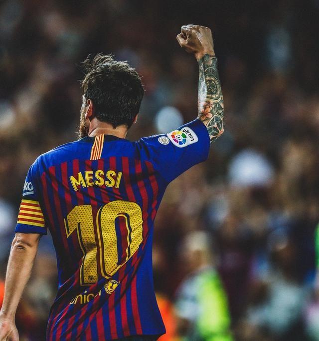 Foto épica: Leo Messi posa con todos sus trofeos Pichichi