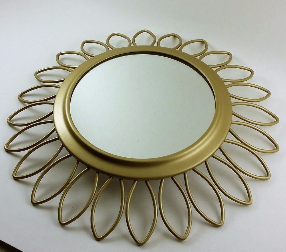 Wire capiz sunburst wall mirror - Lovely Sunburst Or Sunflower Mirror Nice Decor Piece To Use On Its Own Or In