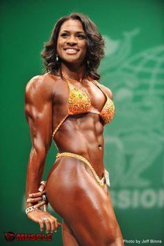 Muscular women Nude Photos 4