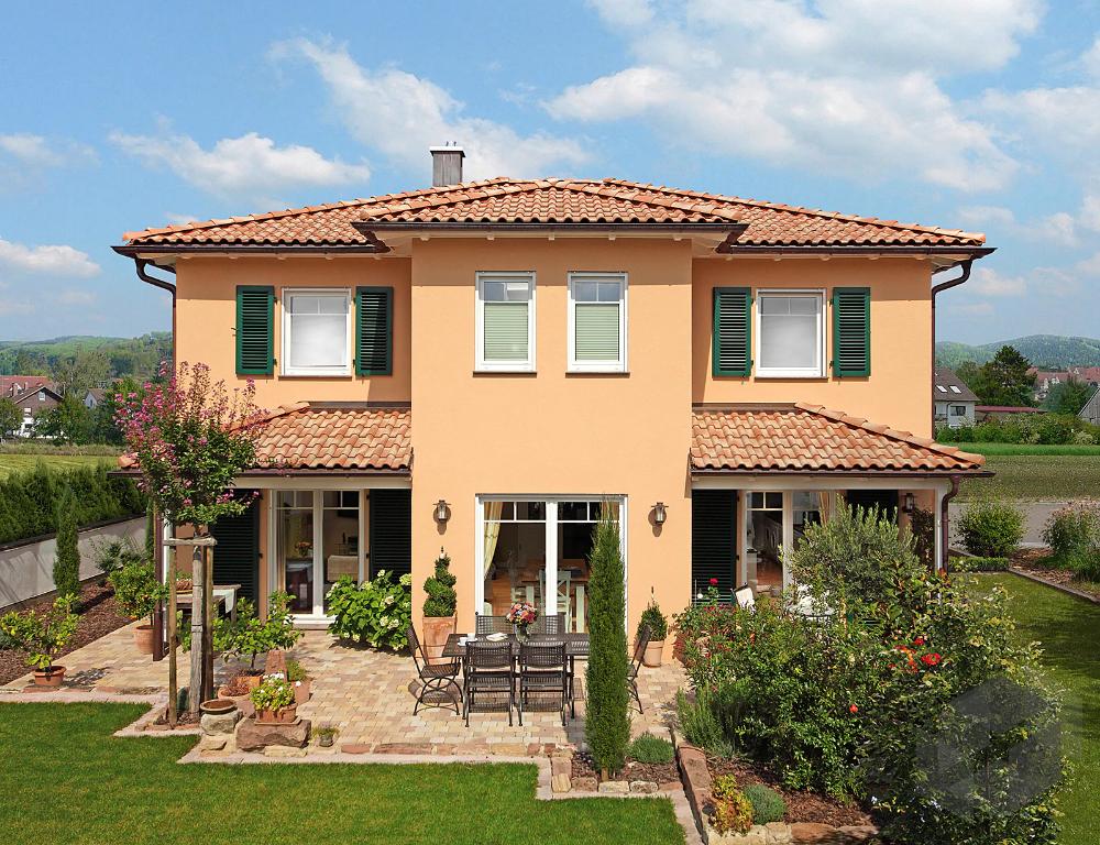 Mediterranes Haus Mit Terrakotta Dachziegeln In 2020 Mediterranes Haus Keitel Haus Haus Im Mediterranen Stil