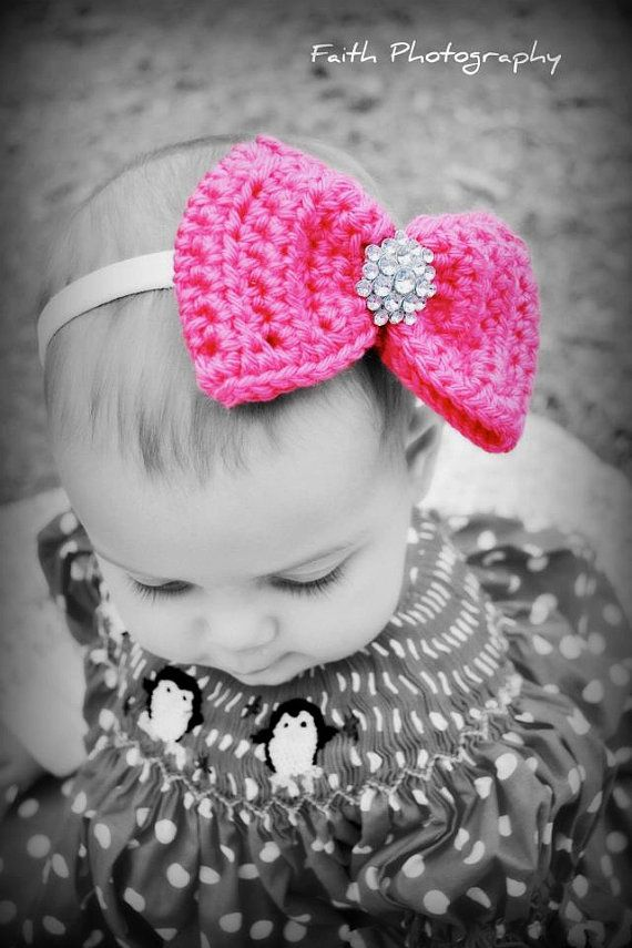 Crochet Bow on a clip  You choose color by sunshinesitems on Etsy