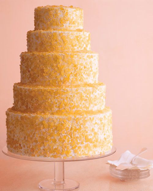 Here\'s a modern and fun take on the wedding cake. Use crushed candy ...