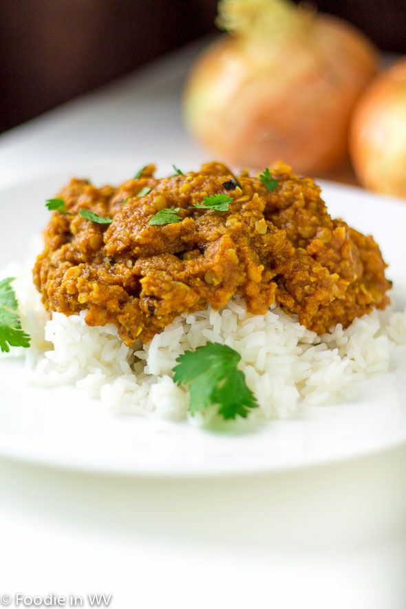 A vegetarian 40 minute curry recipe that can be modified to be more or less spicy. Perfect for a weeknight meal!
