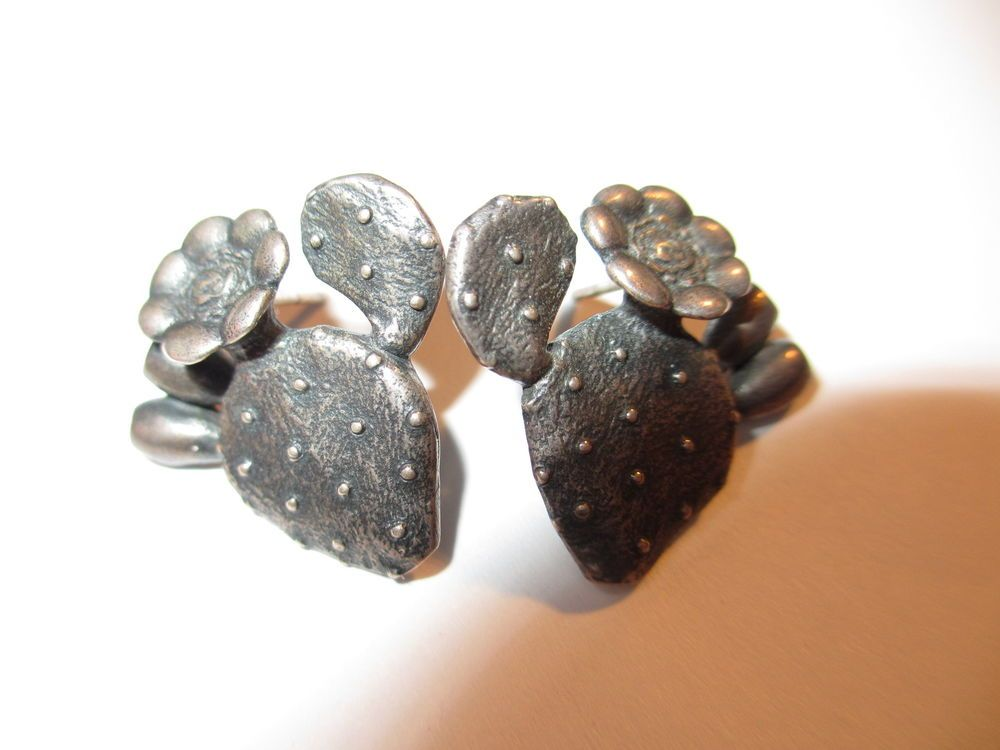 ADORABLE RETIRED JAMES AVERY STERLING PRICKLY CACTUS EARRINGS-NO RES! #JamesAvery