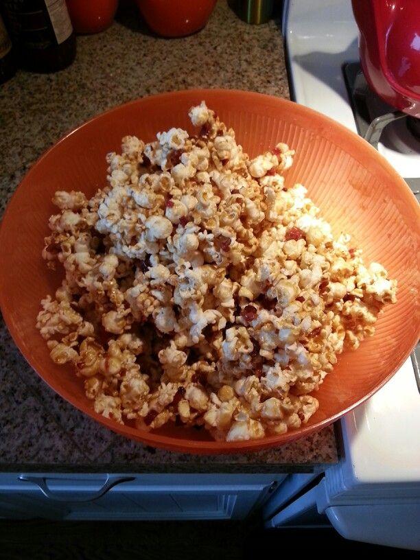 Candied Bacon Carmel Popcorn...YUM!!!!!!!!