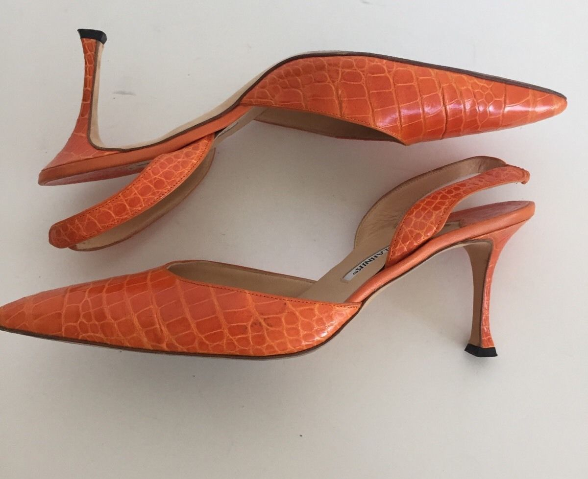 94c7eb3a7e6cf Manolo Blahnik Orange Alligator Crocodile Carolyne Heels Size 40 5 | eBay