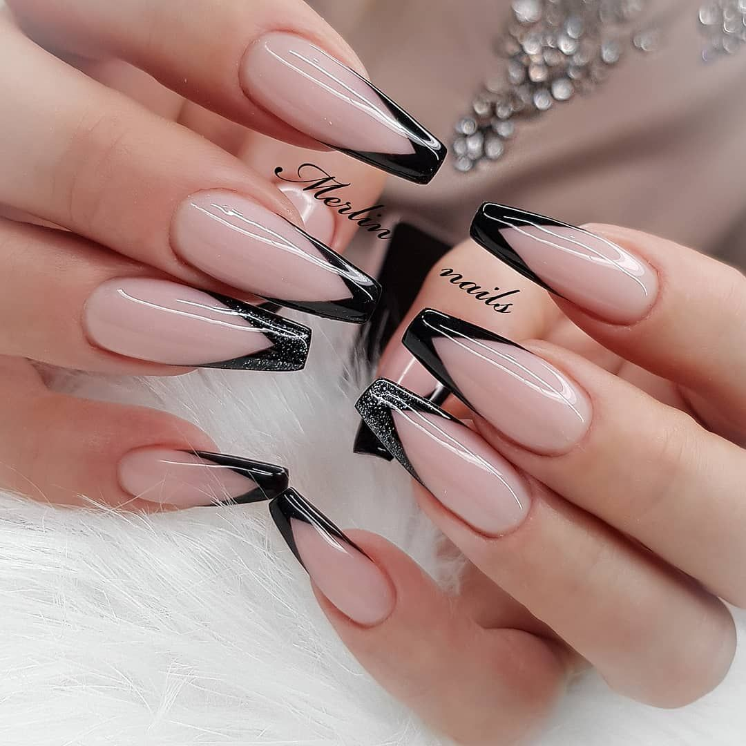 100 Latest Nail Trends For Winter 2020 Nail Art Design Ideas For 2020 In 2020 French Tip Nail Designs Black Nail Designs Trendy Nails