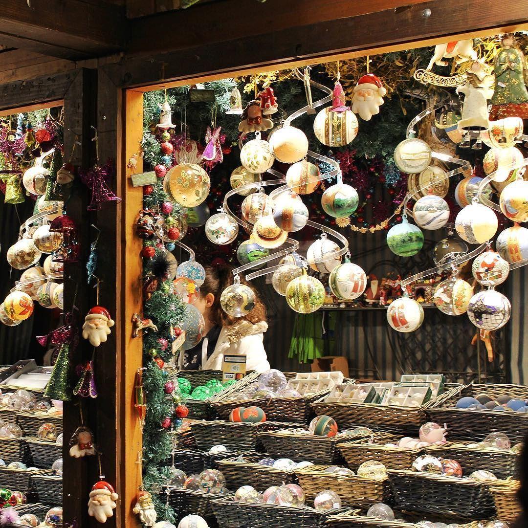 Jarmark Bozonarodzeniowy W Wiedniu Jesli Chcecie Zobaczyc Wiecej To Zapraszam Na Film Na Moim Kanale Wien Vienna Weina Holiday Decor Holiday Christmas Tree