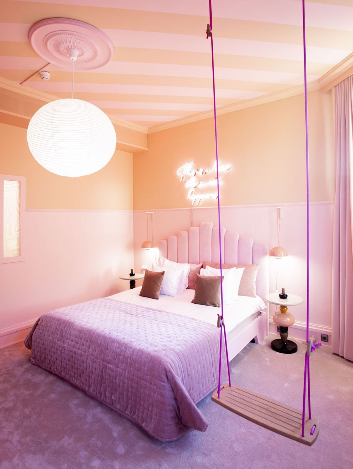 Hotel Room Accessories: The World's First Ice Cream Hotel Room Has Popped Up In