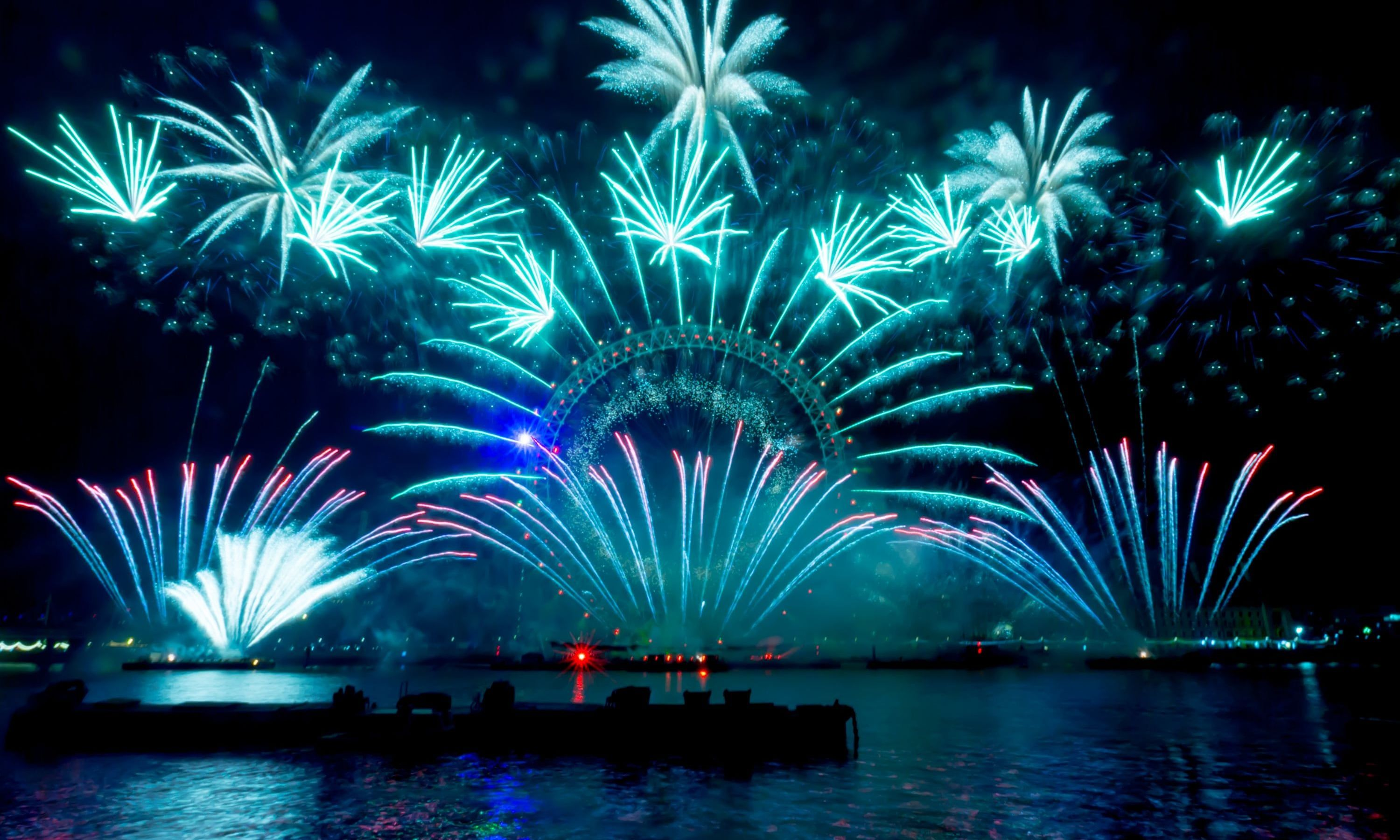 New Year's Eve celebrations and fireworks around the world