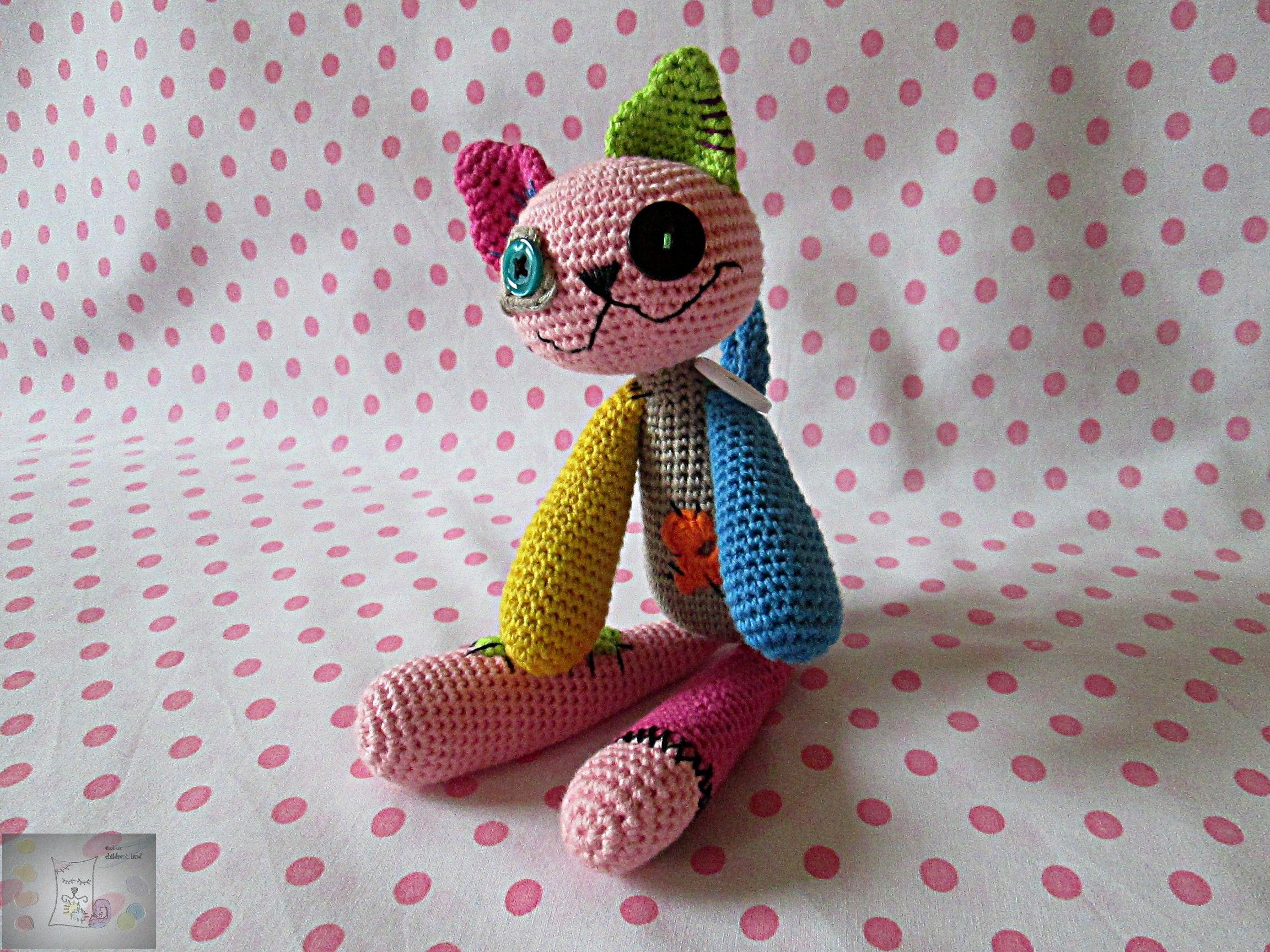 """Horgolt """"férccica""""/Crocheted patchwork cat"""