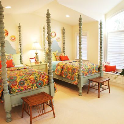 Twin Bed Design Ideas Like Benches The Foot Bedroom Traditional