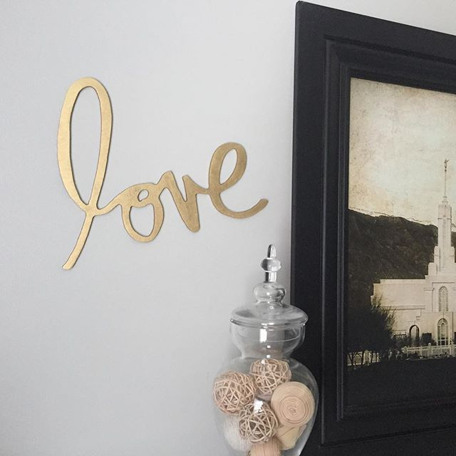 """My new wall art by @helloheidiwallart @heidiswapp !! I sprayed it metallic gold and adore it! My front room is a little more complete today! #newdecorforanoldhome"" Photo taken by @amywools on Instagram, pinned via the InstaPin iOS App! http://www.instapinapp.com (09/17/2015)"