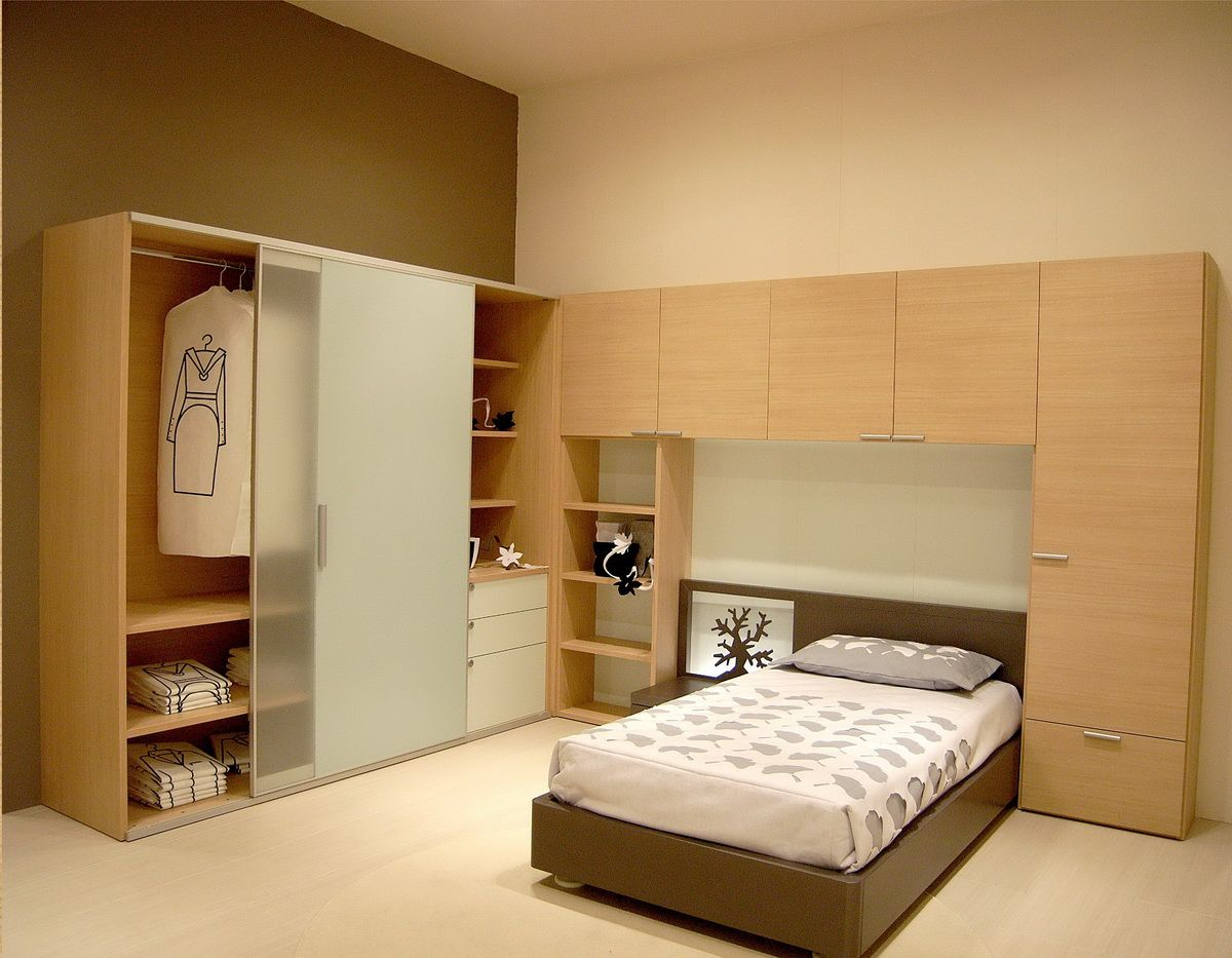 Delightful Wardrobe Cabinet: Tips To Choose A Wardrobe Design That Signifies Your  Lifestyle