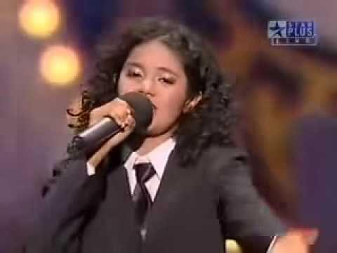 A girl who sings like Shreya Ghoshal(Better than Original